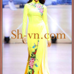 Hand-embroidered-on-ao-dai-Model ao dai Viet Nam 153-SHVN 153