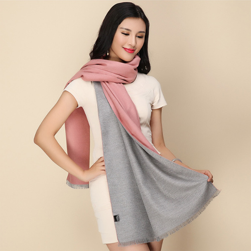 Hand-embroidered-shawls (4)